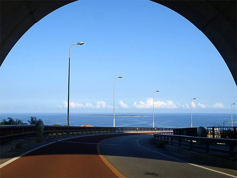 08tunnel_nirai.jpg