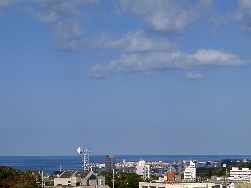 090117_05bl_sea.jpg