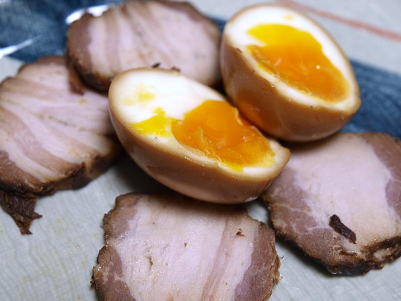 charsyu081030_egg.jpg