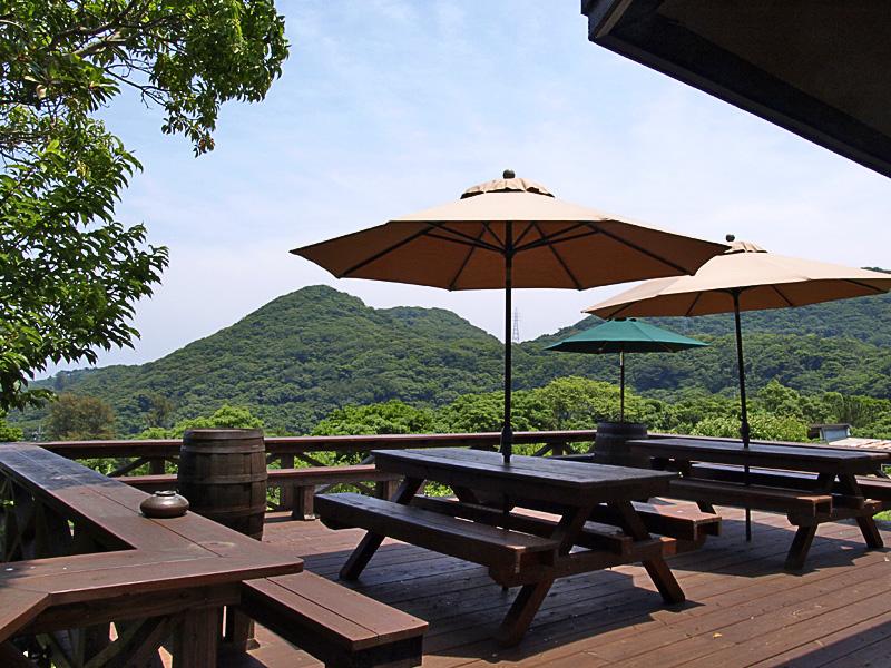 terrace_r_herb.jpg